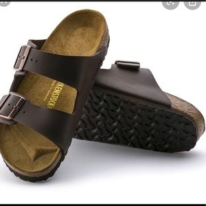 dark brown birkenstocks size 40